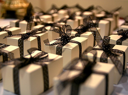 The Etiquette of Gift-Giving in Business