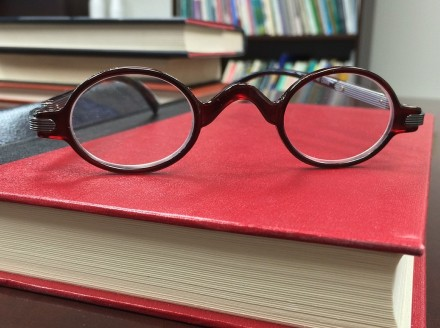 6 Sales Management Books For Savvy Sales Leaders
